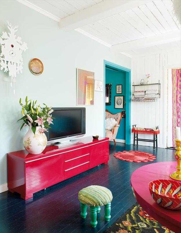 Bright colors for a bright home - House interior colours ...