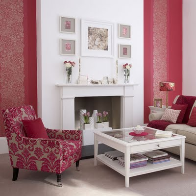 wallpaper pink red living room