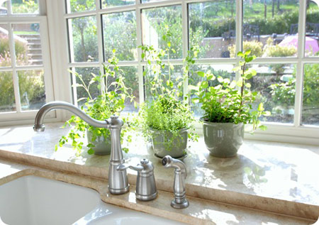 Fresh and Bright Kitchen…