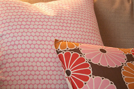 pink-brown-pillow