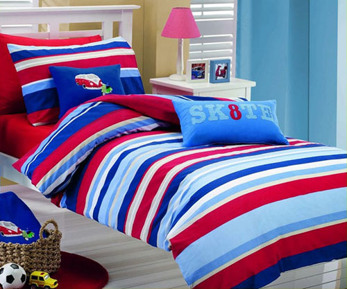 Color+Inspiration: White, blue & red
