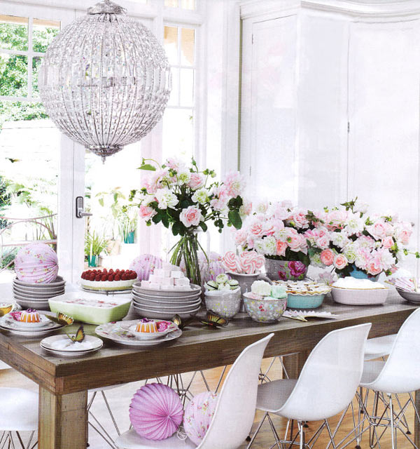 28 Ideas For Sitting Pretty At Your Head Table: It's Friday