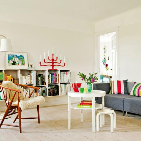 Home tour: Vintage, Scandinavian and colorful