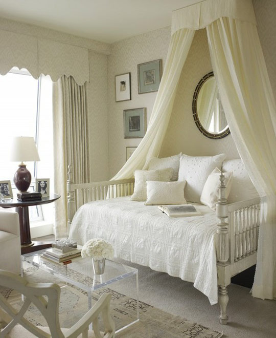 House Beautiful Canopy Bed 540 x 660