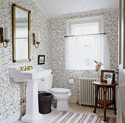 Wallpaper in the bathroom for Dark bathroom wallpaper
