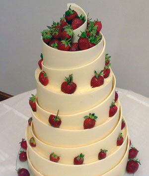 pictures of white chocolate wedding cakes simply delicious 18486